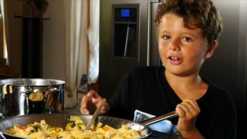 Schweizer Biogemüse im Wok – kinderleicht zu kochen